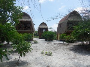 Les petites maisons sur l'une des îles
